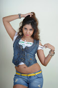Komal Jha trendy Photo shoot Gallery-thumbnail-14