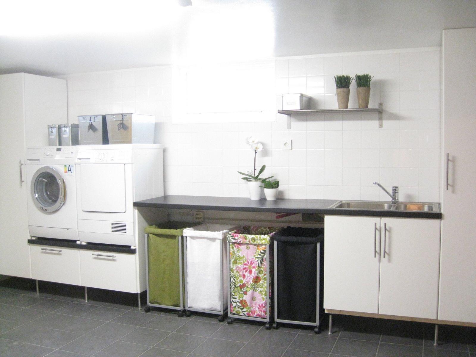 Villa nystuga   vårt lågenergihus på landet: upphöjd tvättmaskin