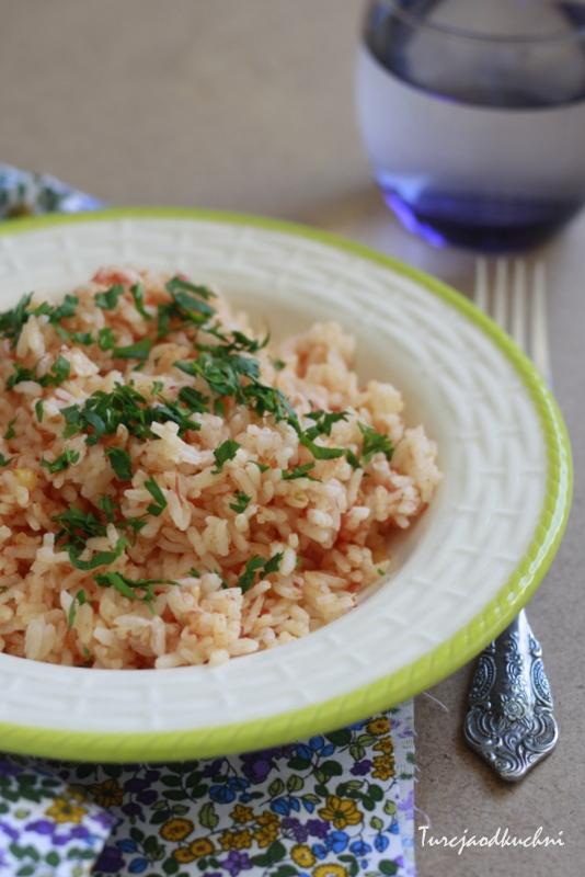 Ryż z pomidorami na sypko pilaw