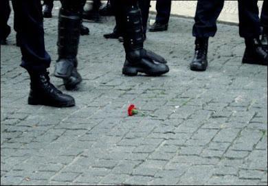 25 de ABRIL... S E M P R E...!!! Às armas, às armas...