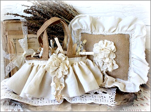 vintage weddings using burlap lavender muslin and old stuff