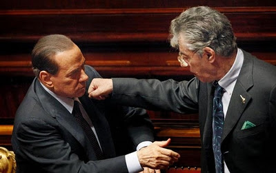 Silvio Berlusconi and Umberto Bossi: playing or fighting?