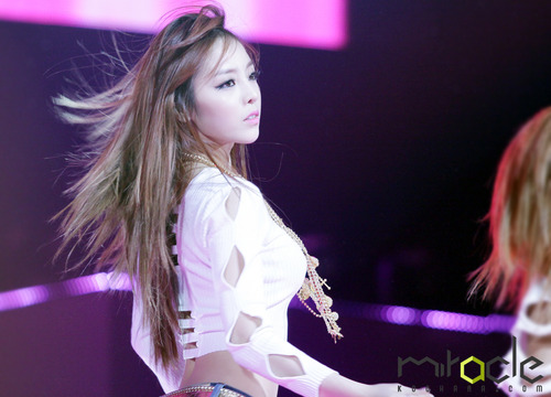 Another GOO HARA PHOTO 2012 MBC GAYO DAEJUN