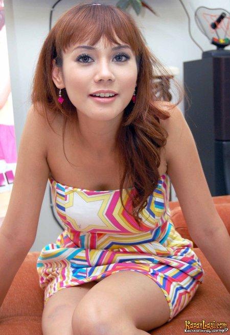 Anita Gadis Lugu Berani Bugil Pic 3 of 35