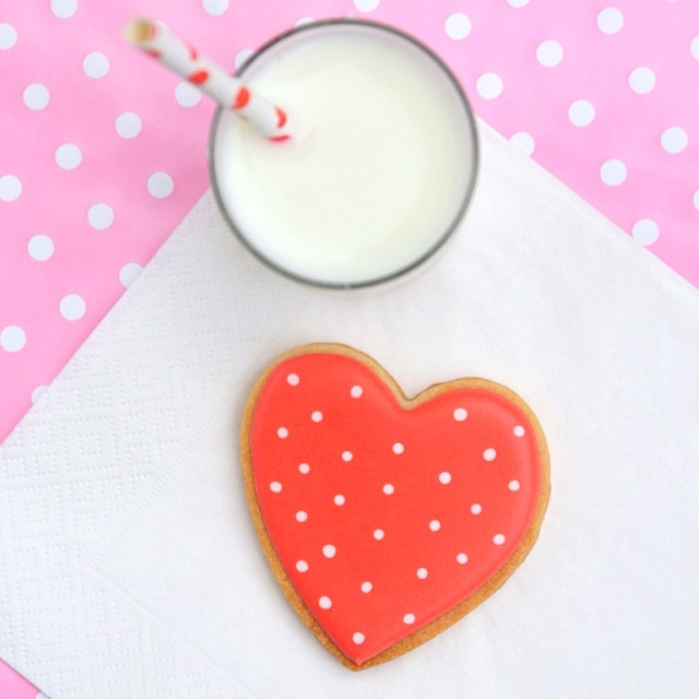 pink polka-dot heart cookie for valentines