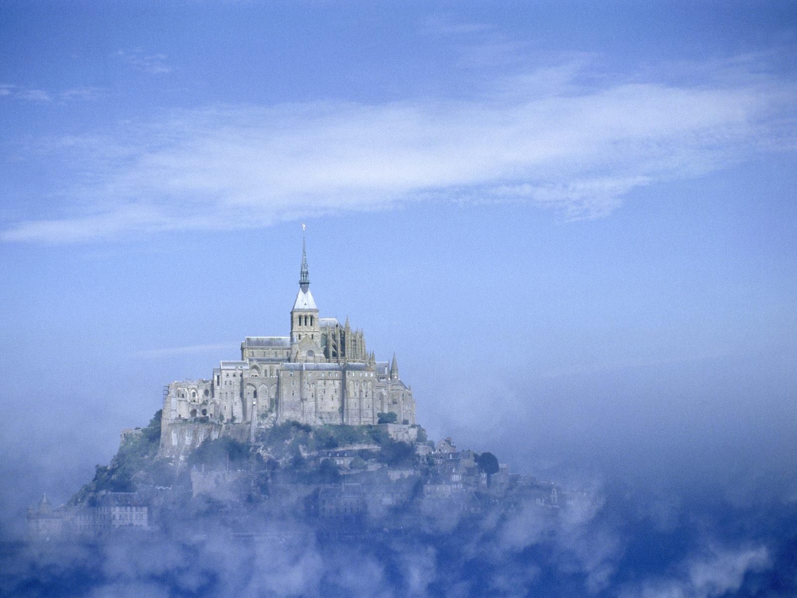 http://1.bp.blogspot.com/-hNR9mFXaeKQ/TefK9Tp6rYI/AAAAAAAAAks/jDKaqzSvHaY/s1600/Mont+Saint+Michel+Abbey%252C+France.jpg