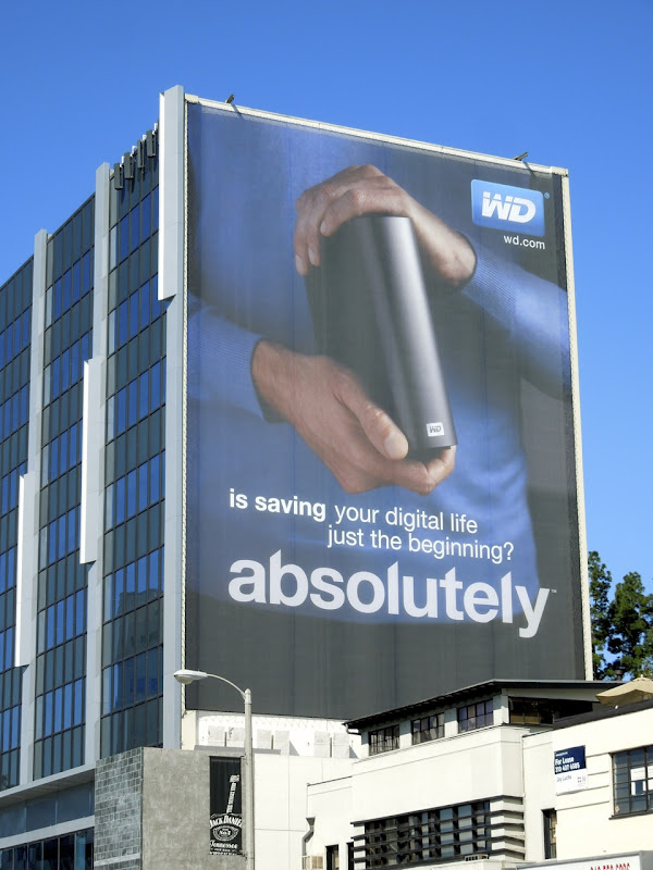 Giant WD absolutely billboard