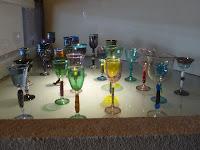 色のついたグラス
