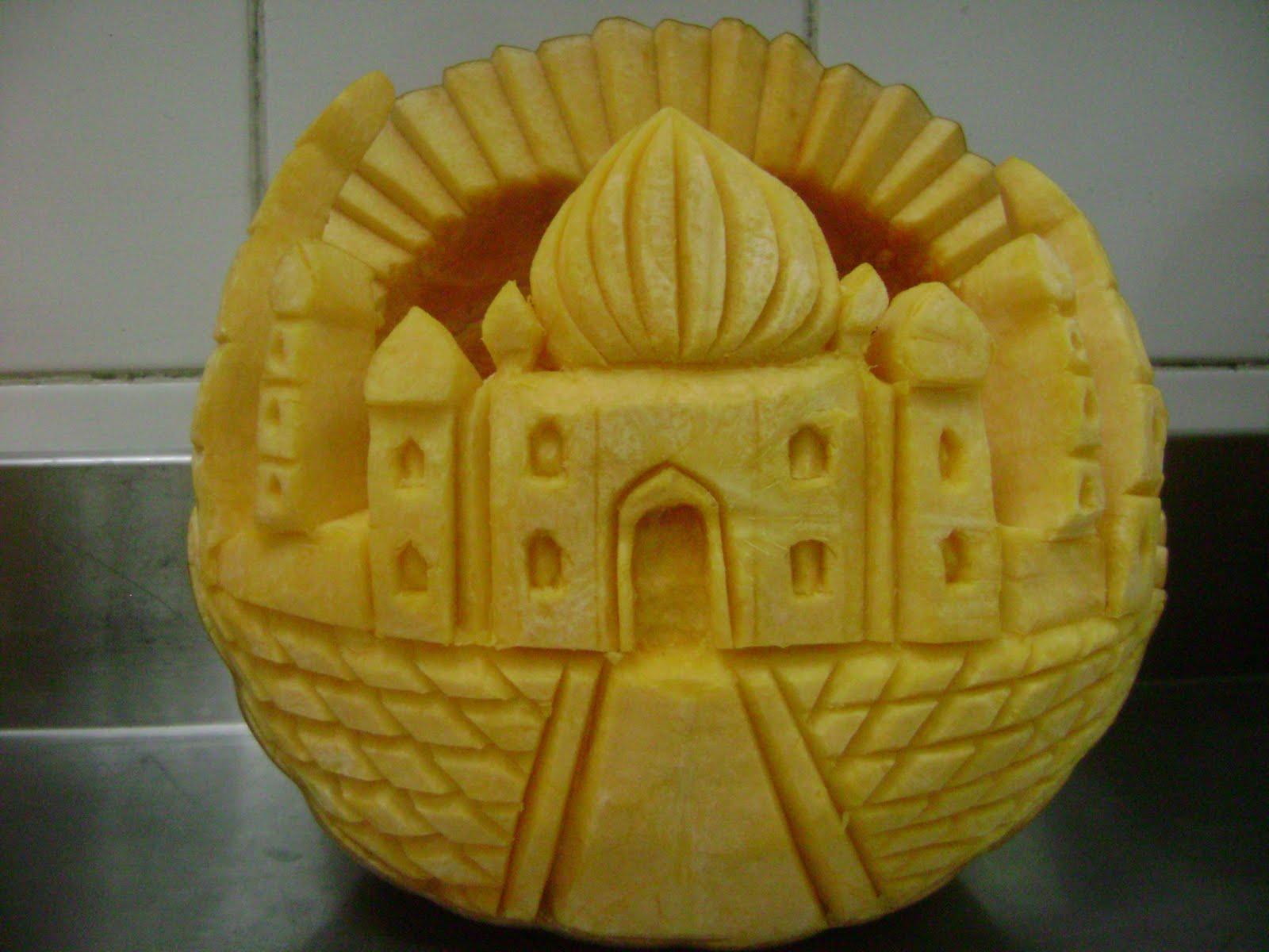 Vegetable and fruit carving taj mahal red pumpkin