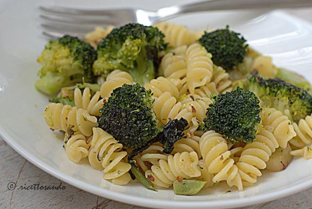 Pasta e broccoli ricetta primi piatti