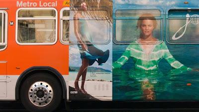 Metro bus (C)Glenn Primm Photography