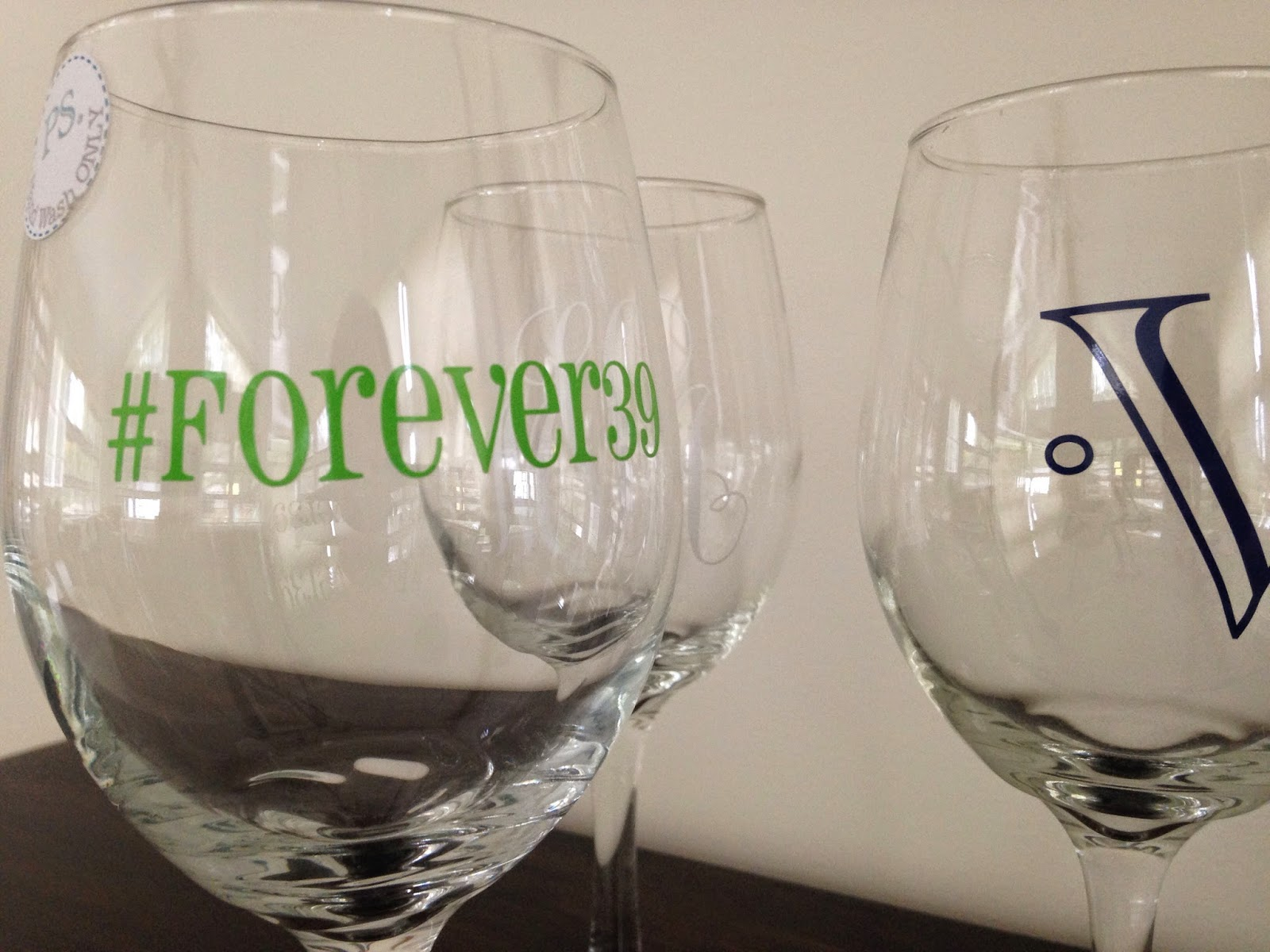 Putting Vinyl On Wine Glasses Tips For Success Silhouette School - Custom vinyl decals for wine glasses