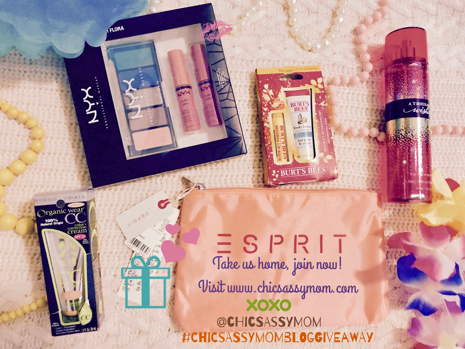 Join now! #ChicSassyMomBlogGiveaway