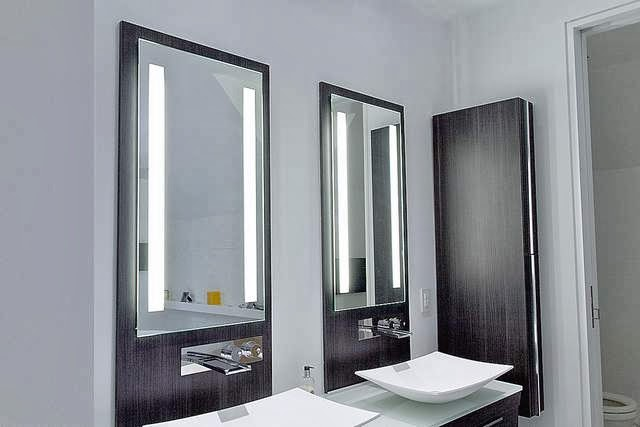 Bathroom Lighting Idea For Makeup Mirror