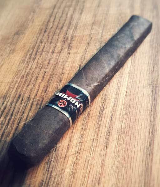 Nomad S-307 Cigar