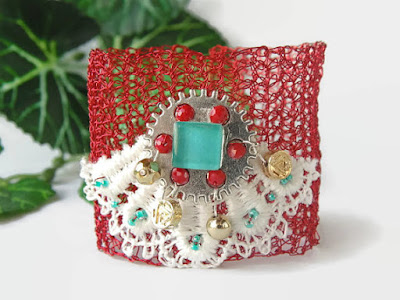 https://www.etsy.com/listing/190579985/crocheted-wire-red-bracelet-christmas?ref=shop_home_active_24
