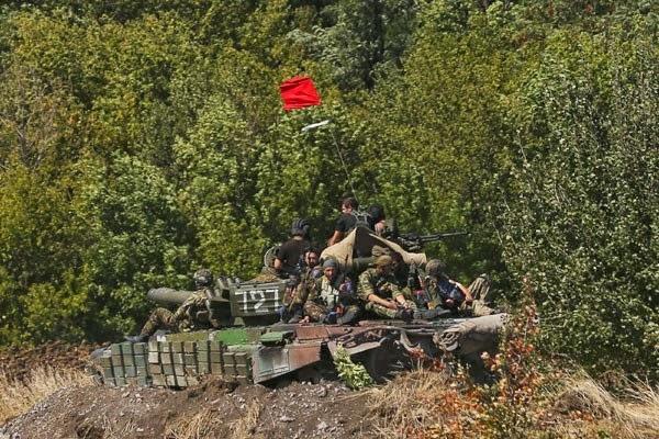 Pemberontak pro-Rusia bebaskan 650 warga Ukraina