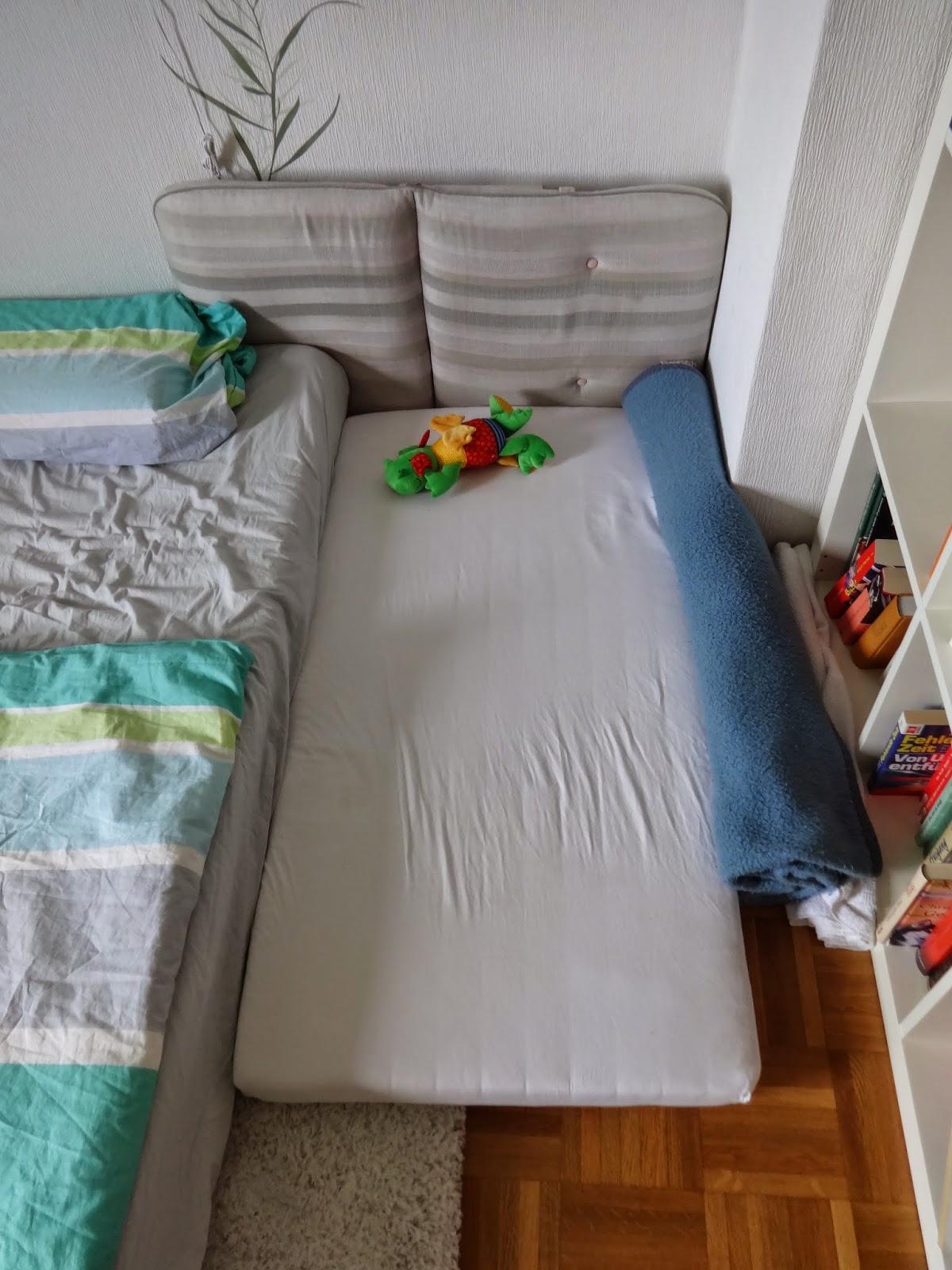 Matratzenlager familienbett  Der kleine Milchvampir: Familienbett 3.0 und ein bißchen basteln...