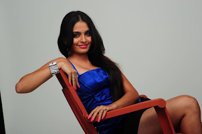 Sheena Shahabadi HD  Wallpapers in Blue Dress