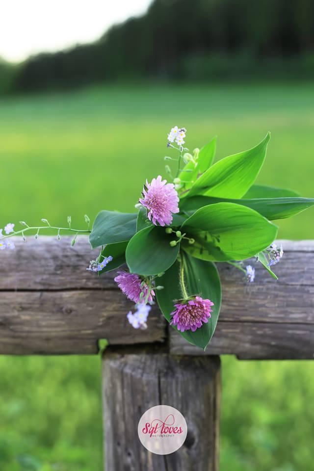 Syl loves, Sylloves, kwiaty polne, konwalie, las, zielony