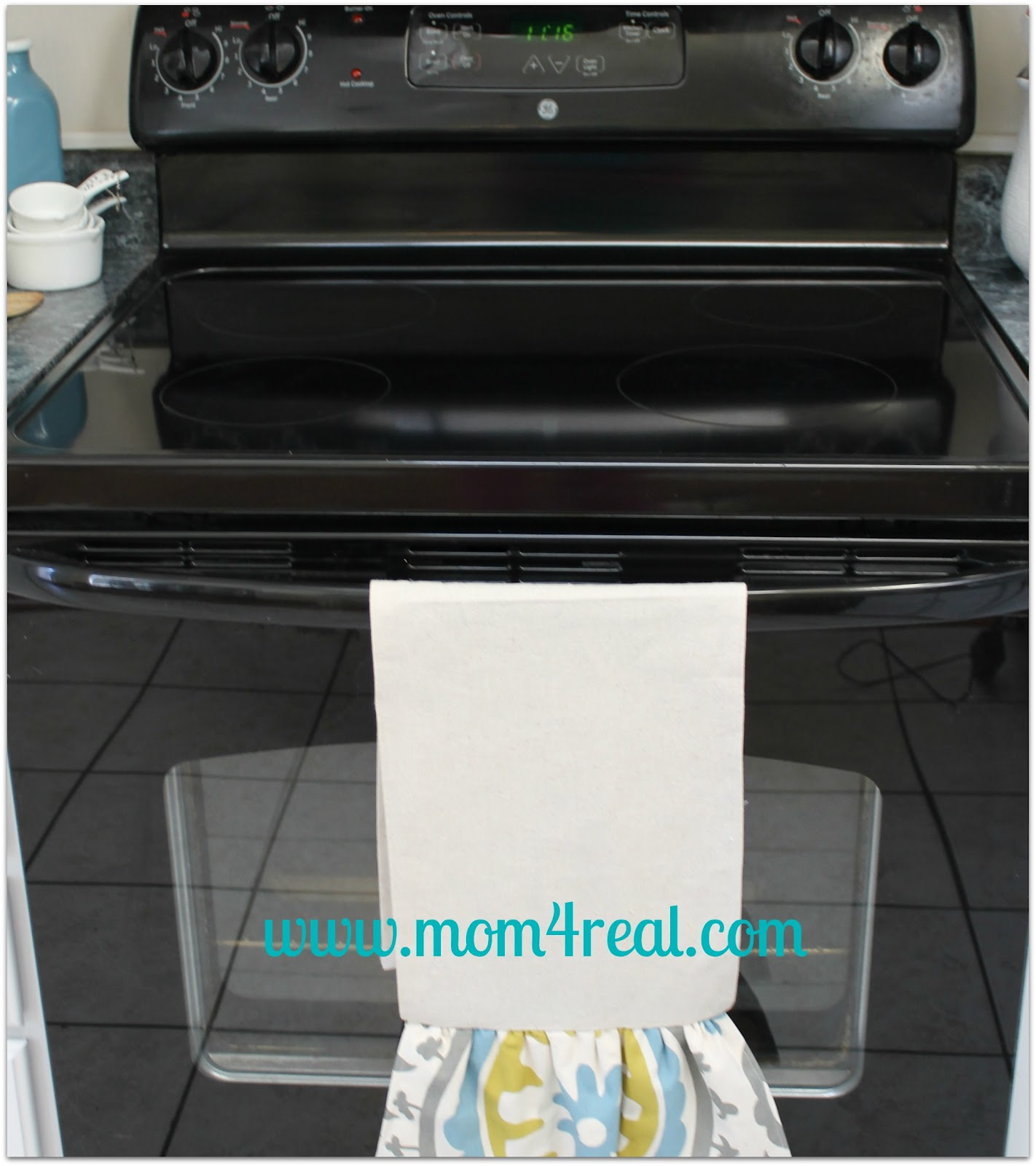 How To Clean Your Ceramic Stovetop - Mom 4 Real