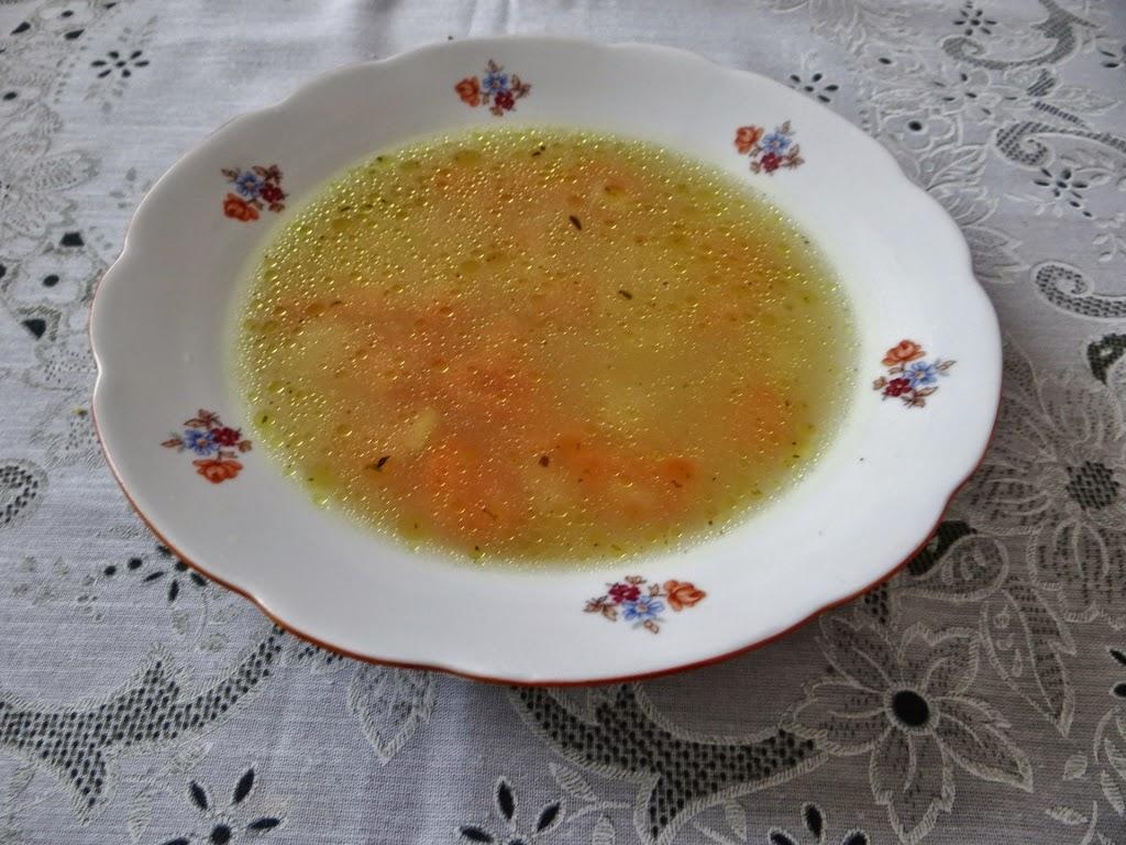 Zupa z kaszy jaglanej