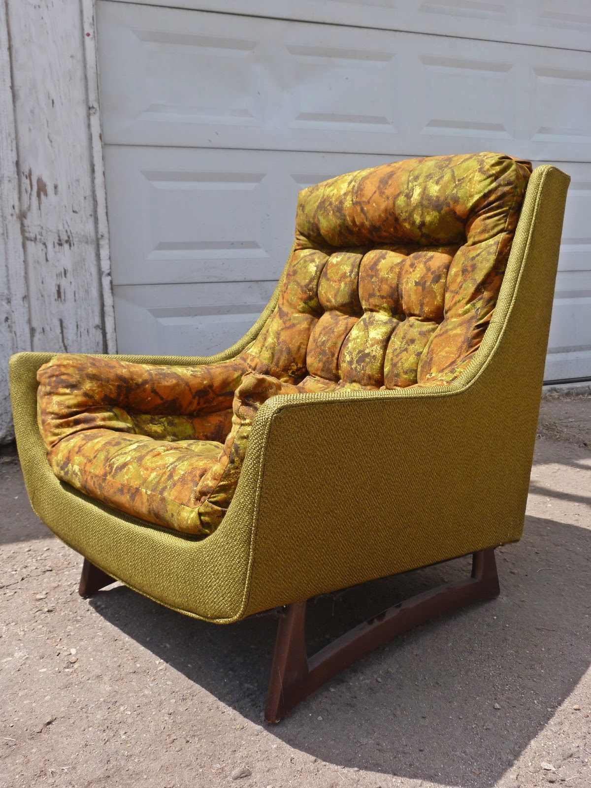 A Matching Chair To The Sectional Sofa Above. This Retro Pearsall Chair Has  Great Bones. The Fabric Is Extremely Unique. If The Color Is Not Right For  You, ...