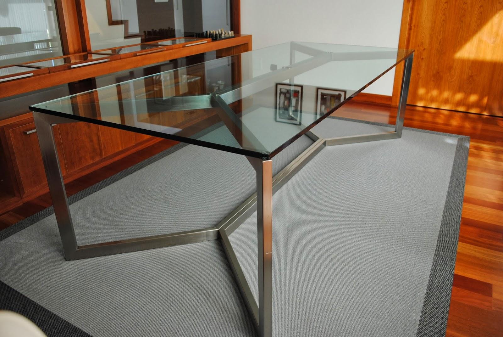 Talleres santiso mesas de comedor en acero in xidable y cristal - Mesas de comedor de cristal y acero ...