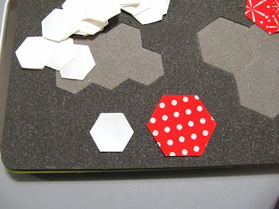 accuquilt english paper piecing die