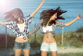Carla y Anne :)