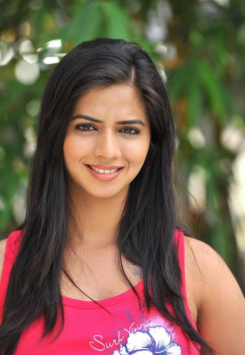 Nisha Shah Stills From Oh My Love Movie - SOUTH 3GP VIDEOS