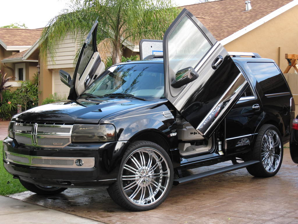 2015 Conversion On 1999 Excursion besides Ford Expedition besides 404045 Pcv Hose Turbo Vac Line likewise 1992 00 Gmc Yukondenali moreover 291793627663. on 2005 ford expedition engine