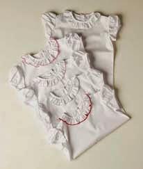 http://www.lapeki.es/primavera-verano-2015/bebe/camisas/camisa-volante-lapeki-539-detalle