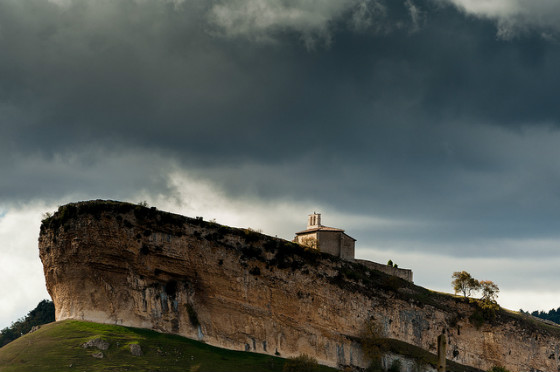 imagen_romanico_templo_iglesia_burgos_san_pantaleon_de_losa