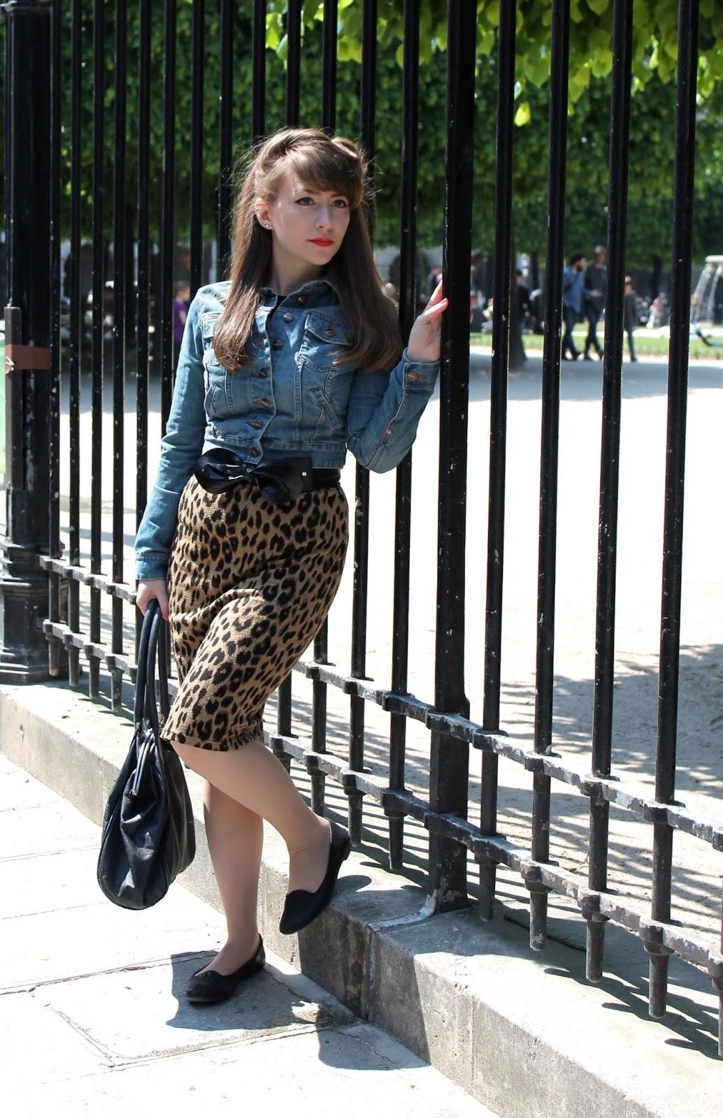 Denim jacket, leopard print skirt