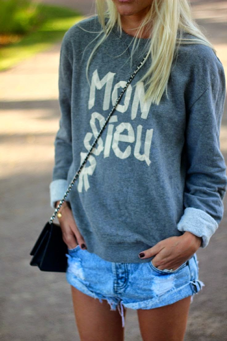 distressed_shorts_street_style