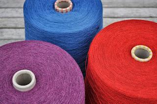 "Lace strikkegarn merino, kvalitet ""Amigo"""