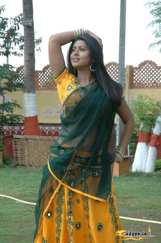 Tamil Actress Sneha Saree Photos Collection
