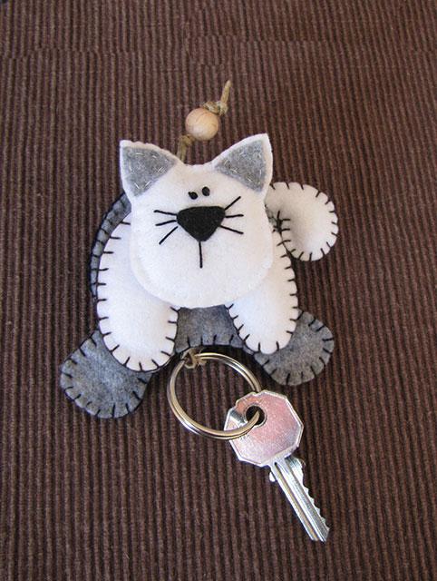 Creazioni di maricrea portachiavi for Gatti in pannolenci