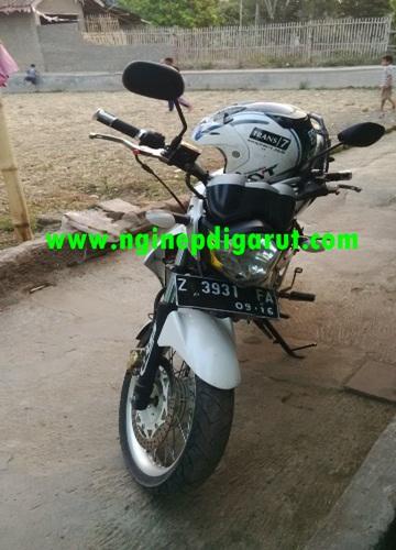 sepeda motor ustadz aar mubarok