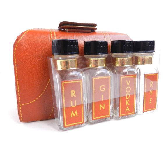 Liquor travel case