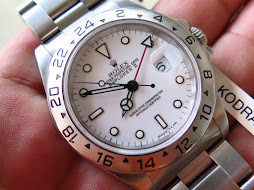 ROLEX EXPLORER II WHITE POLAR DIAL 40mm - ROLEX 16570 SERIE W YEAR 1996 - AUTOMATIC CAL 3185-MINTS