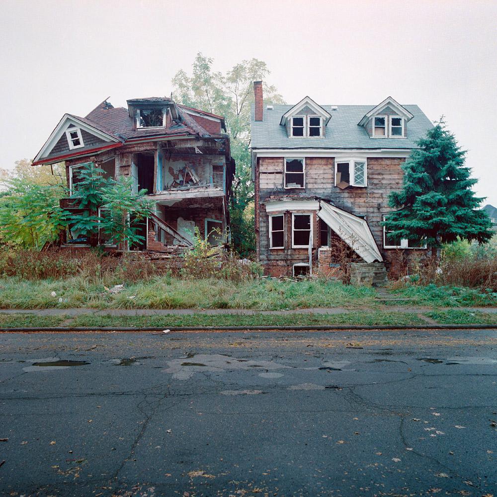 RELATOS DE VIDAS ACTUALES Detroit+decadencia11