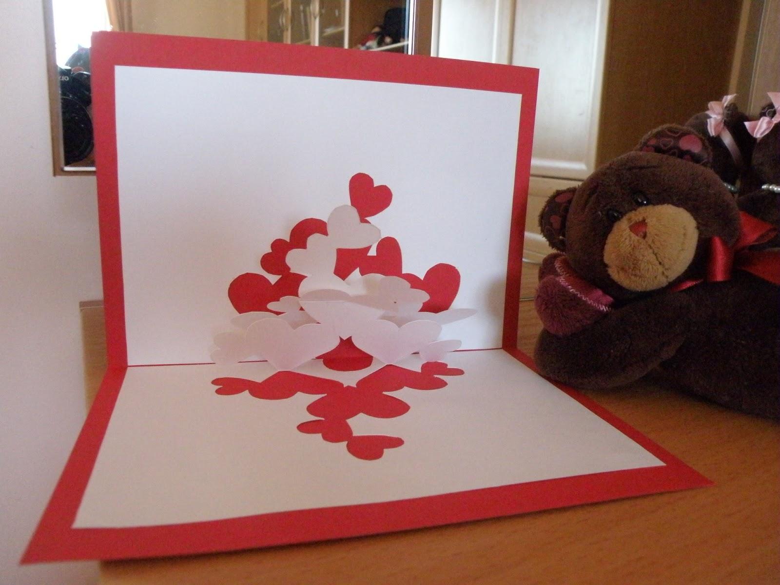 Объемная открытка с сердечками 71