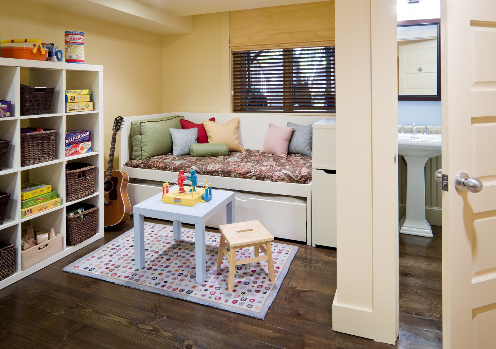 guest room, with multi-function furniture and plenty of toy storage title=