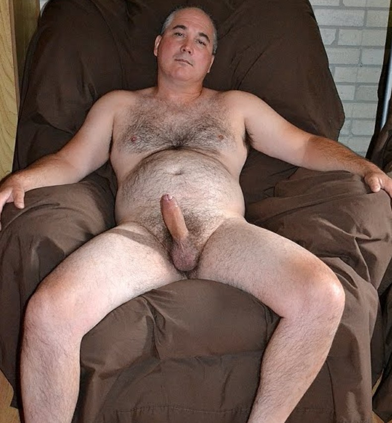 men with big dicks - uncut cock - mature hairy daddy