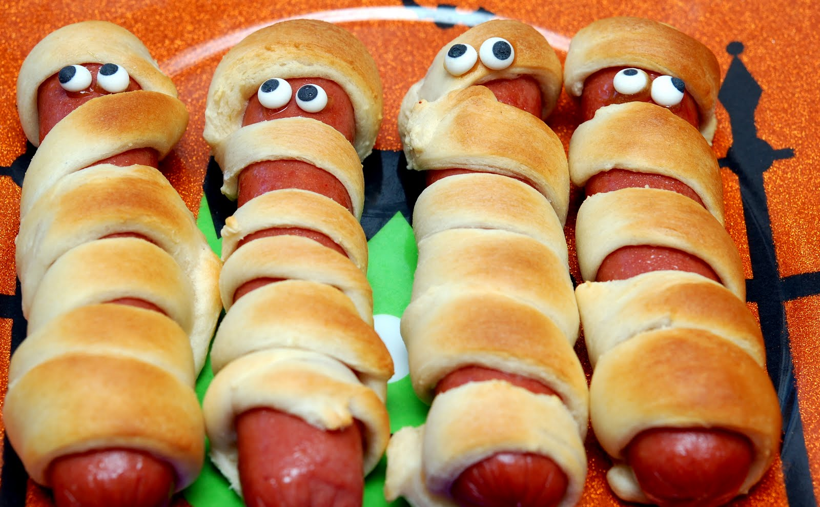 Hot Dog Mummies Eyes