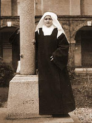 Este Blog nasceu em 21/02/2011 e é consagrado a Santa Teresinha do Menino Jesus e da Sagrada Face