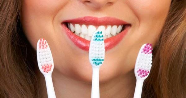 διαδικασία του βουρτσίσματος των δοντιών μας