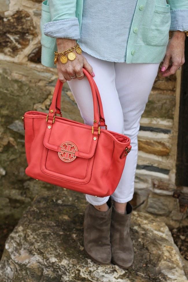 tote-handbag-tory-burch